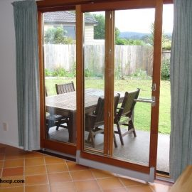 ویژگی های مهم برای انتخاب شیشه های دو جداره